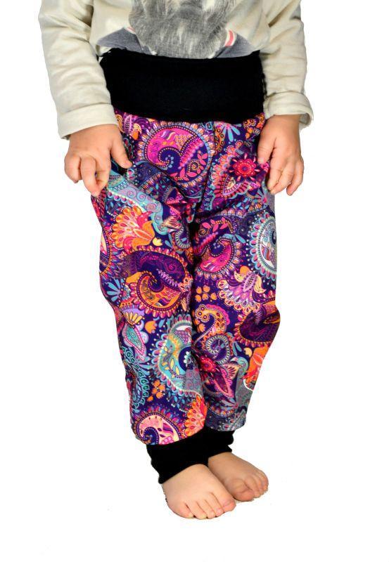 Detské nohavice softshellové - rastúce. ornamenty
